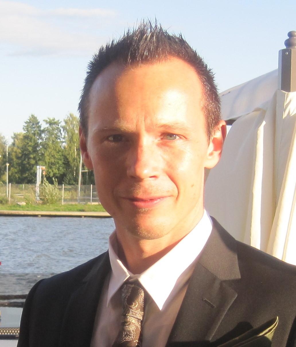 Magnus Larsson-Auna : Kund och Logistikchef i Sverige