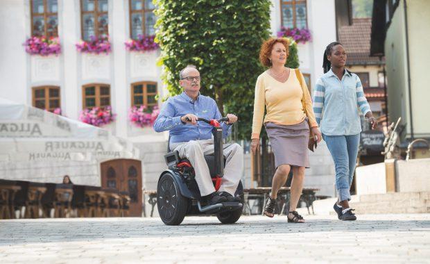 Selvbalanserende rullestol